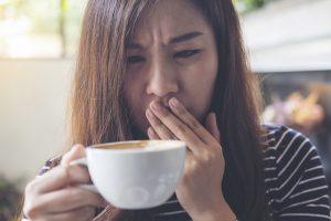 Металлический привкус во рту — к кому обратиться? | «36.6»