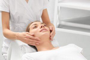 Борьба с возрастными морщинами - УВТ в косметологии